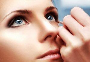 lenti a contatto matita occhi