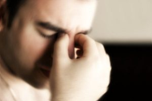 mal di testa astenopia
